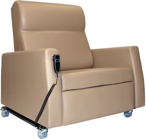 bariatric lift chair recliner winco bariatric 600 lb capacity power lift recliner cme