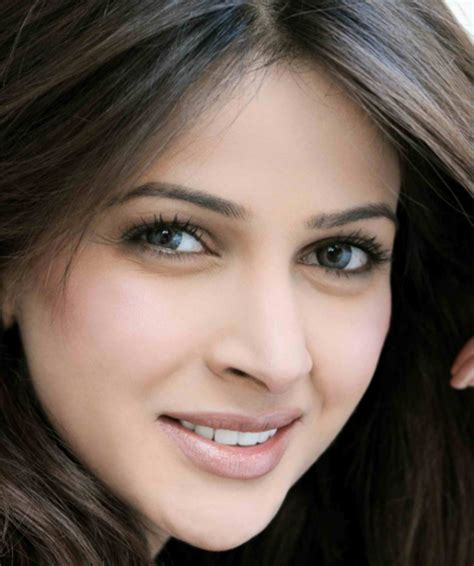 Yasni Free Search Saba Qamar Free Check With News Pictures Links Yasni