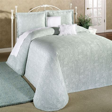 bed spreds provence lightweight matelasse bedspread bedding