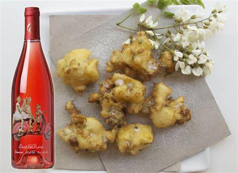 ricette con fiori di acacia la ricetta fiori di acacia in pastella e ros 233 cascina
