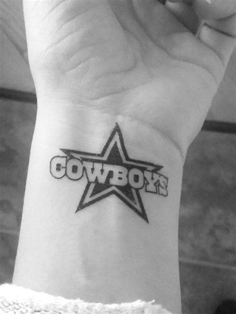 dallas cowboys star tattoo designs best 25 dallas cowboys ideas on