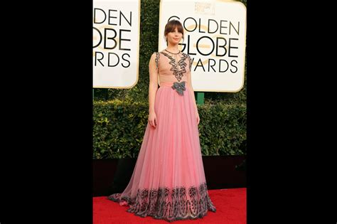 Lots Lots Of Golden Globe Carpet by Lots Of Pink On Parade On Globes Carpet Abs Cbn News