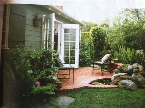 Small Brick Patio Ideas by 17 Best Ideas About Small Brick Patio On Small