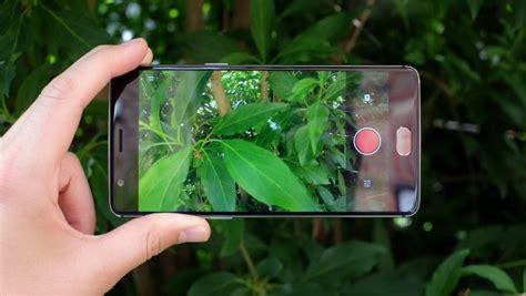apple iphone   oneplus