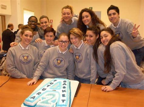 le ragazze di futura premiata la futura basket il sindaco quot le ragazze