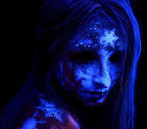 what body fluids glow under black light i paint bodyscapes that glow under black light bored panda