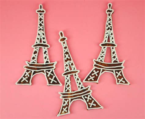 Bakery Cook And Tips How To Make Eiffel Tower Cupcake Toppers Eiffel Tower Cake Template