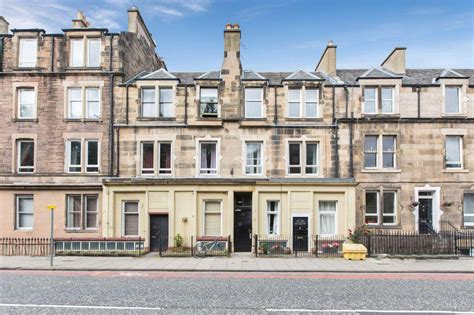 2 bedroom flats for sale in edinburgh 2 bedroom flat for sale in 31 8 angle park terrace