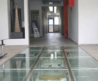 pavimenti trasparenti pavimenti in vetro