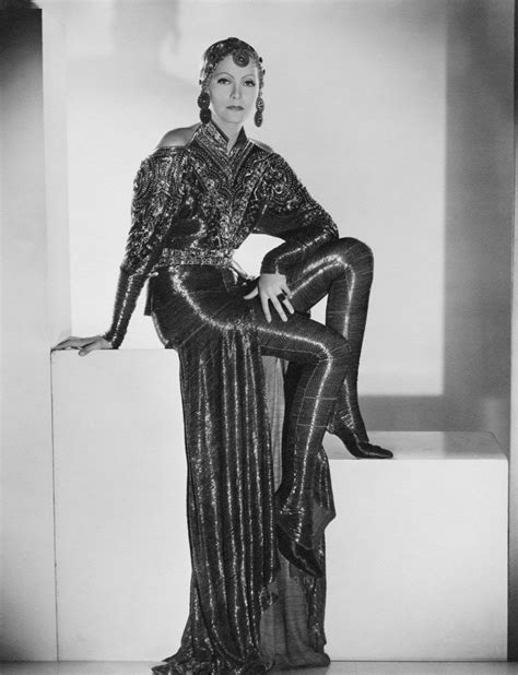 Longdress Matahari mata hari dancer courtesan margaret perry