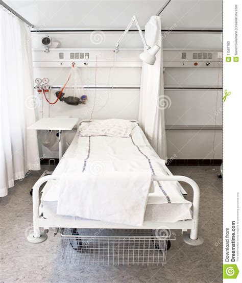 cama hospital website cama de hospital foto de stock imagem de cama quarto