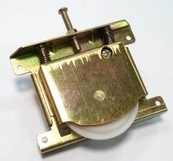 Superior  Mecanismos Puertas Correderas Armarios #7: Pr_rueda-inferior-macho_896.jpg