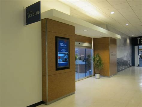 delta rooms nyc reviews review delta sky club new york lga airport one mile at a time