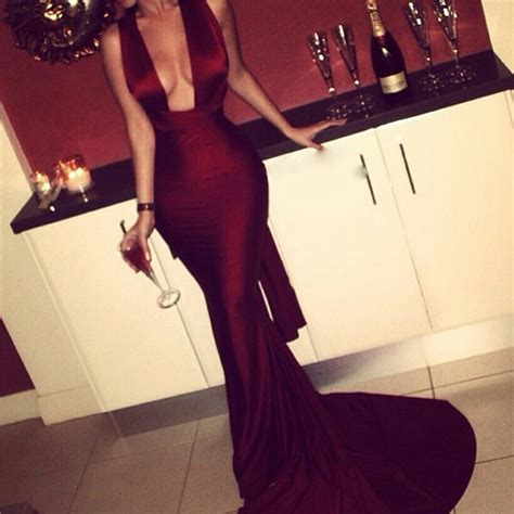 Burgundy 2018 Mermaid Prom Dresses Sexy Cross Back Cheap