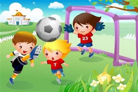 niños jugando ala pelota imagenes ni 241 os jugando al futbol lugares de juegos pinterest