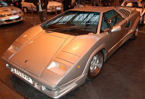 Lamborghini Countach Specs Lamborghini Countach Se25 Photos Reviews News Specs