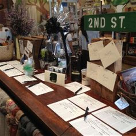 How To Display Gift Cards At A Silent Auction - 1000 images about auction ideas on pinterest silent auction fundraising and silent