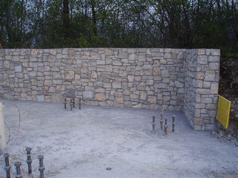 piastrelle muro pietra piastrelle da muro esterno gallery of piastrelle effetto