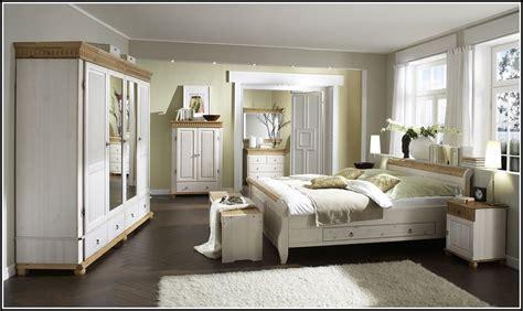 Schlafzimmer Kiefer Komplett by Schlafzimmer Komplett Kiefer Wei 223 Schlafzimmer House