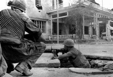 in the streets the battle for hue tet 1968 books battle of huế
