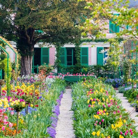 giverny claude monet s house and gardens water lilies