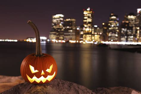 www halloween celebrate halloween in new york grown up travel guide com
