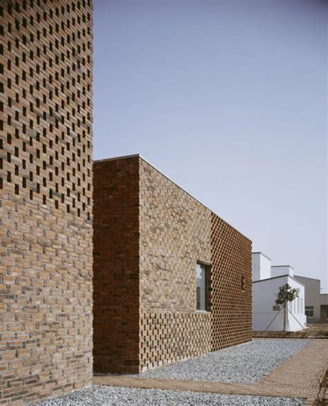 modern brick house modern brick home design and plan digsdigs