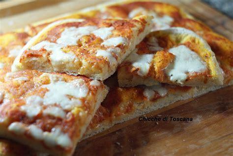 pizza nel forno di casa pizza in teglia nel forno di casa chicche di toscana