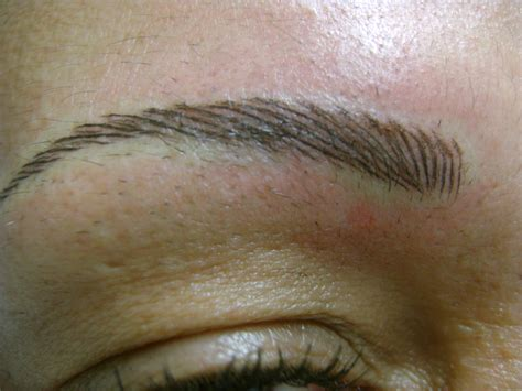 eyebrow eyebrow tattooing