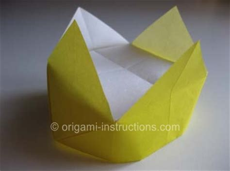 How To Fold A Paper Crown - easy origami crown folding