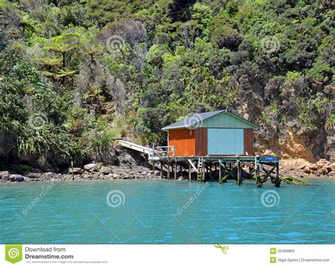 house boats nz boat house in the marlborough sounds new zealand royalty