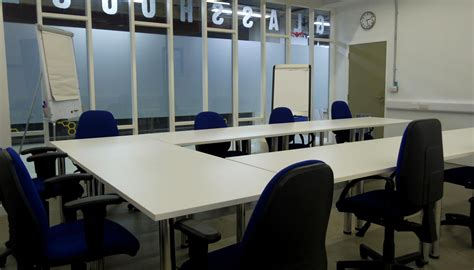 meeting rooms to hire in the glasshouse the hive enterprise centre