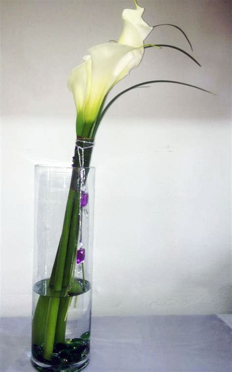 Calla Lilies In Vase by Choys Flowers Hendersonville Nc Florist Calla