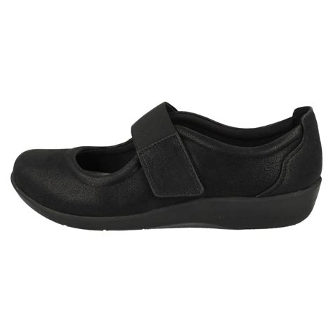 Flat Shoes C clarks cloudsteppers casual flat shoes sillian cala