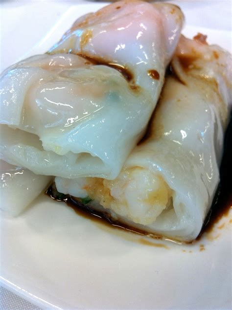 Rolls With Rice Paper - steam rice paper roll prawns yum cha guide