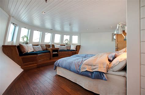 living on your boat in the winter dream to live on a boat in sweden skimbaco lifestyle