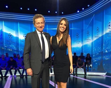 sport mediaset mobile premium chions 4a giornata palinsesto e telecronisti