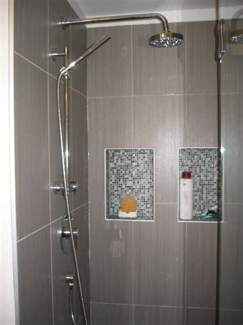 23 nice ideas of glass tile trim bathroom 69 best images about nice niche on pinterest mosaics