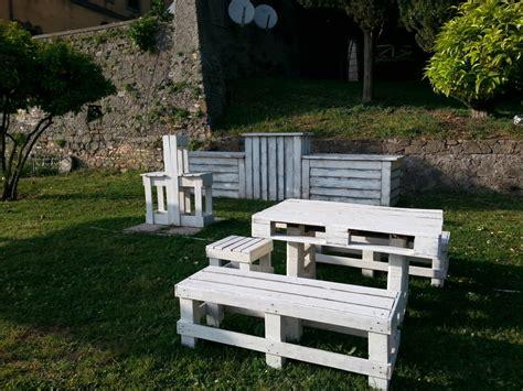 mobili giardino mobili da giardino in pallet mobili in pallet