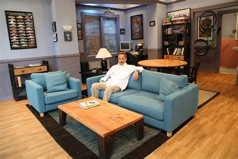 layout of seinfeld apartment hulu recreates jerry seinfeld s tv apartment in a new york