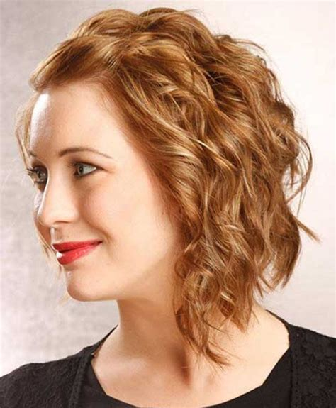 short haircusts for fine sllightly wavy hair short hairstyles for slightly wavy hair 15 medium short