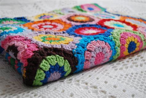 Handmade Crochet Blankets - top 10 baby shower gift ideas