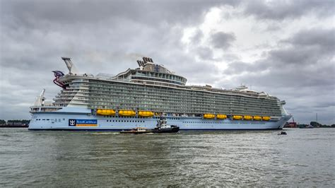 in the of the sea file harmony of the seas ship 2016 008 jpg wikimedia