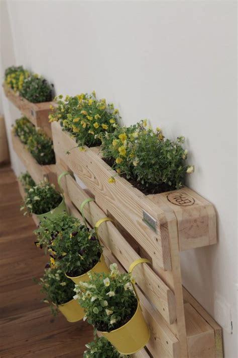 giardino sul balcone di casa orto sul balcone come realizzare un angolo verde con i