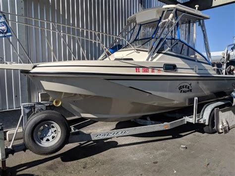 whaler power boats used boston whaler power boats for sale boats
