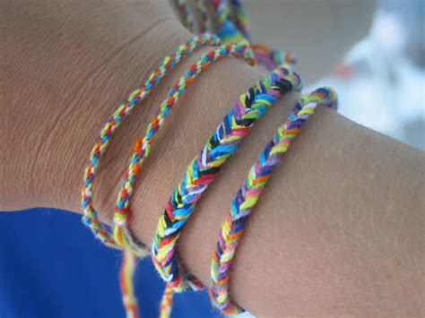 sketch42 diy of the day fishtail friendship bracelets