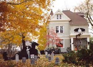 Decorate House Halloween Halloween Decorations Haunted House Tour