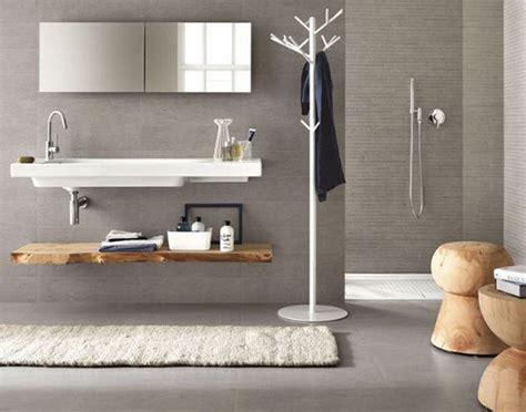 Badezimmer Bodenfliesen by Badezimmer Fliesen