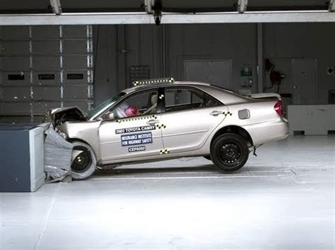 2002 toyota camry moderate overlap iihs crash test youtube
