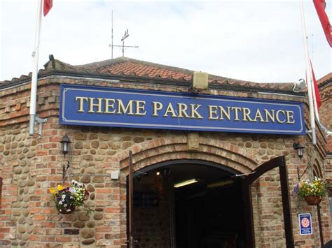 theme park entrance lightwater valley theme park review s 2006 uk trip update